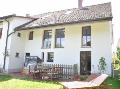 Othmarsingen-Bauernhaus-Gartenansicht