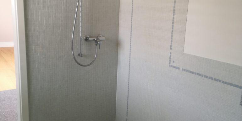 maispracherstrasse-dg-dusche
