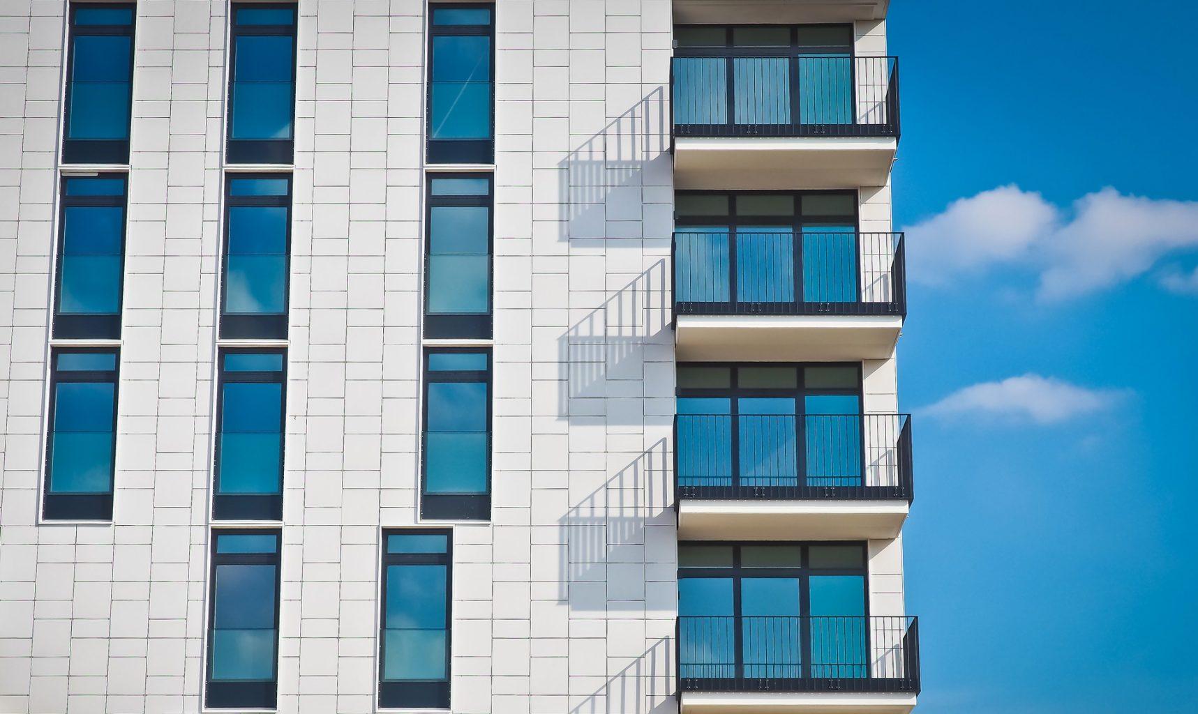Geschäftsimmobilien mieten, kaufen und verkaufen bei Retronova Immobilien