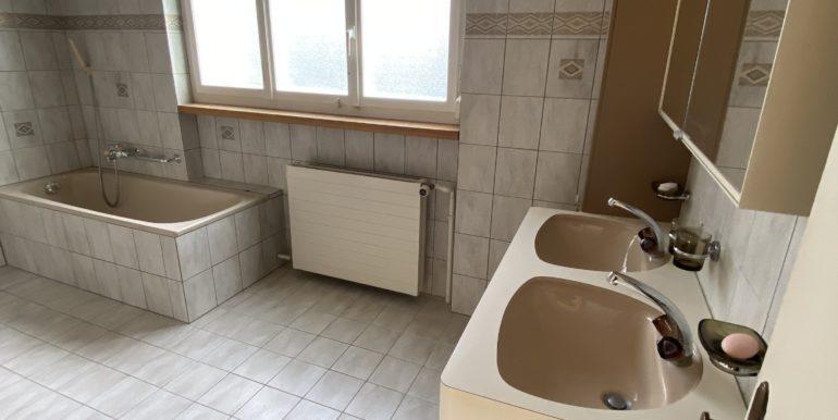 Badezimmer EG-2Badezimmer EG - Einfamilienhaus zum Kauf in Kreuzlingen