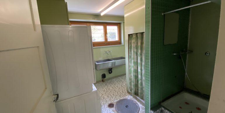 Waschküche mit Dusche im Keller- - Haus zum Kauf in Kreuzlingen